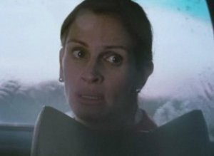 'Fireflies In The Garden': Julia Roberts As Ryan Reynolds' Mom In Finally Released Film (VIDEO)
