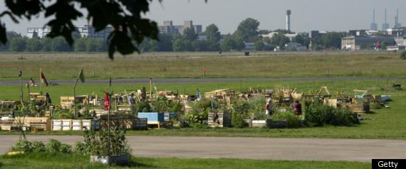 TEMPLEHOF AIRPORT GARDEN