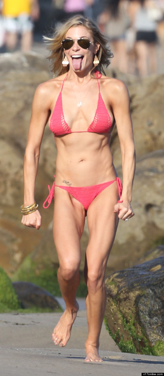 Leann Rimes In A Bikini, Sticking Out Her Tongue Photos -6246