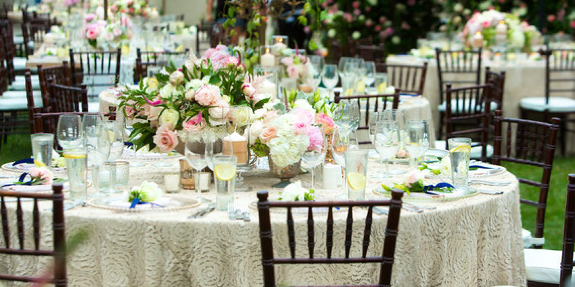 how to save money on your wedding flowers huffpost. Black Bedroom Furniture Sets. Home Design Ideas