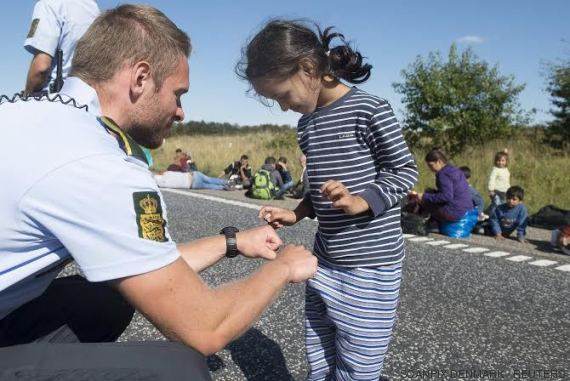 policia niña