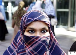 Niqab-Wearing Woman Can Take Citizenship Oath, Judge Says