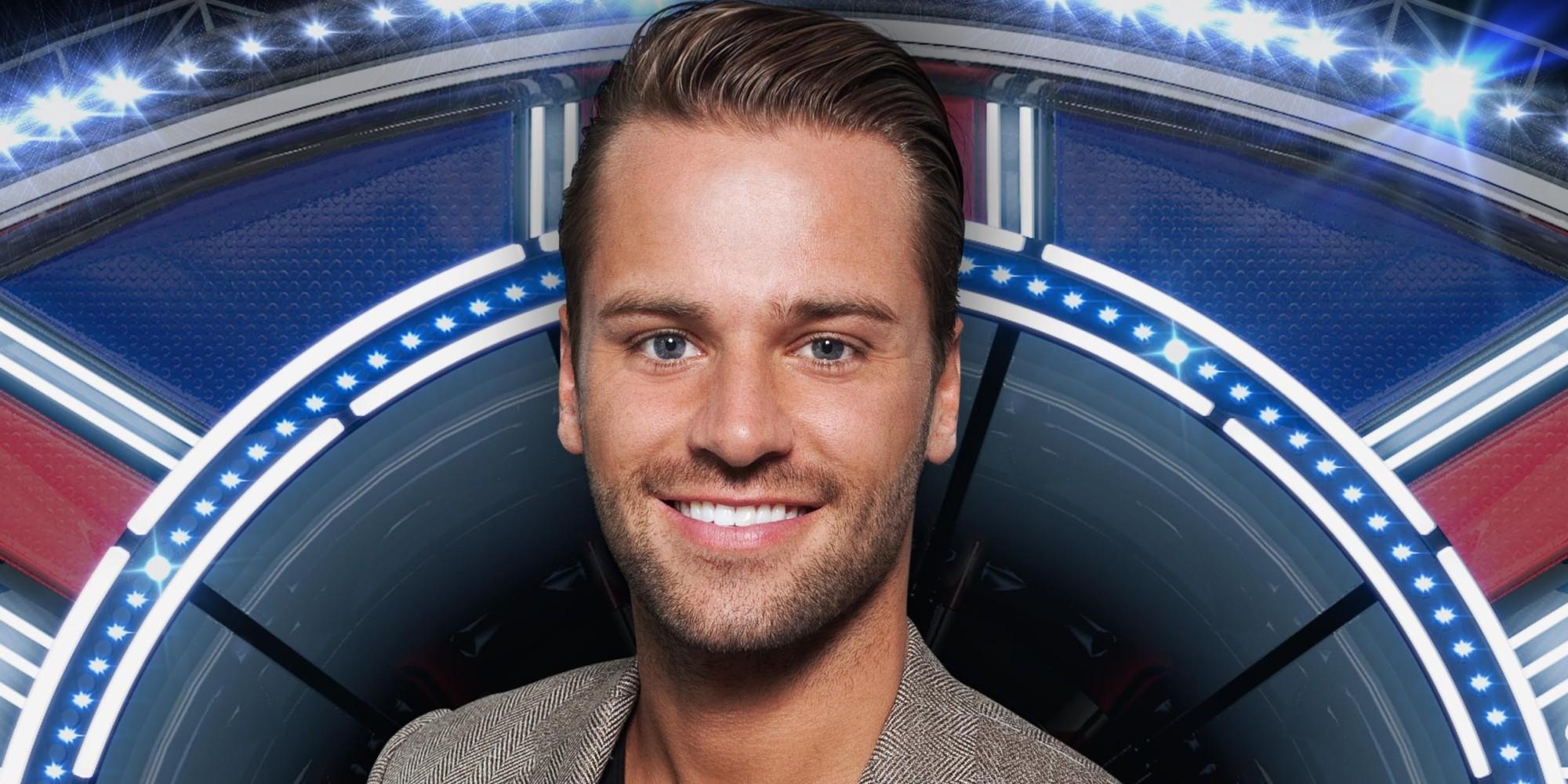 Celebrity Big Brother - Things Get Heated Between Omarosa ...