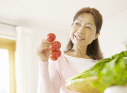 How Tomatos Can Ease Menopause Woes
