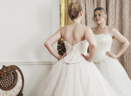 6 Signs You Should <em>Not</em> Say Yes To The Dress