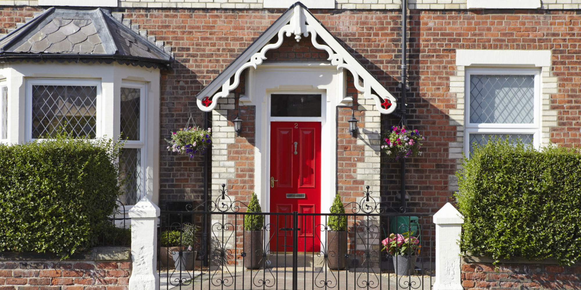 10 easy and cheap ways to improve your property huffpost uk for Cheap ways to improve your home