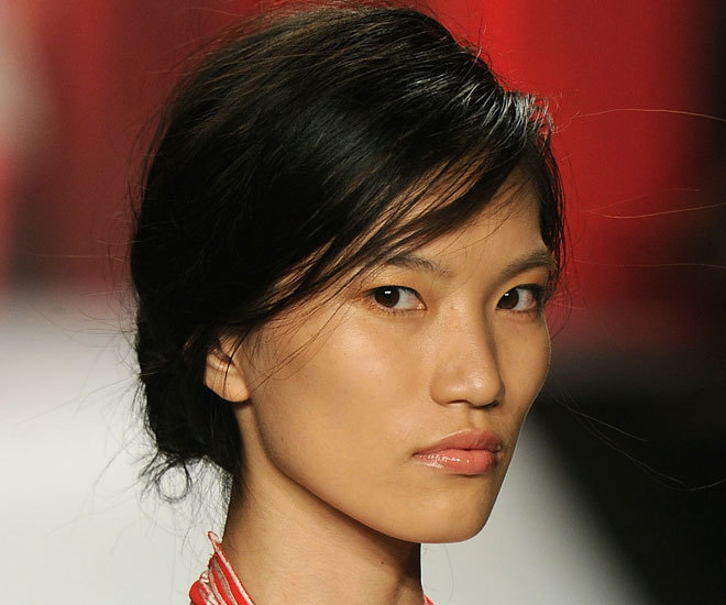 view beautiful images download images Images Imperfectly Perfect Chignons At Vivienne Tam Spring 2012: Backstage Beauty | The Huffington Post