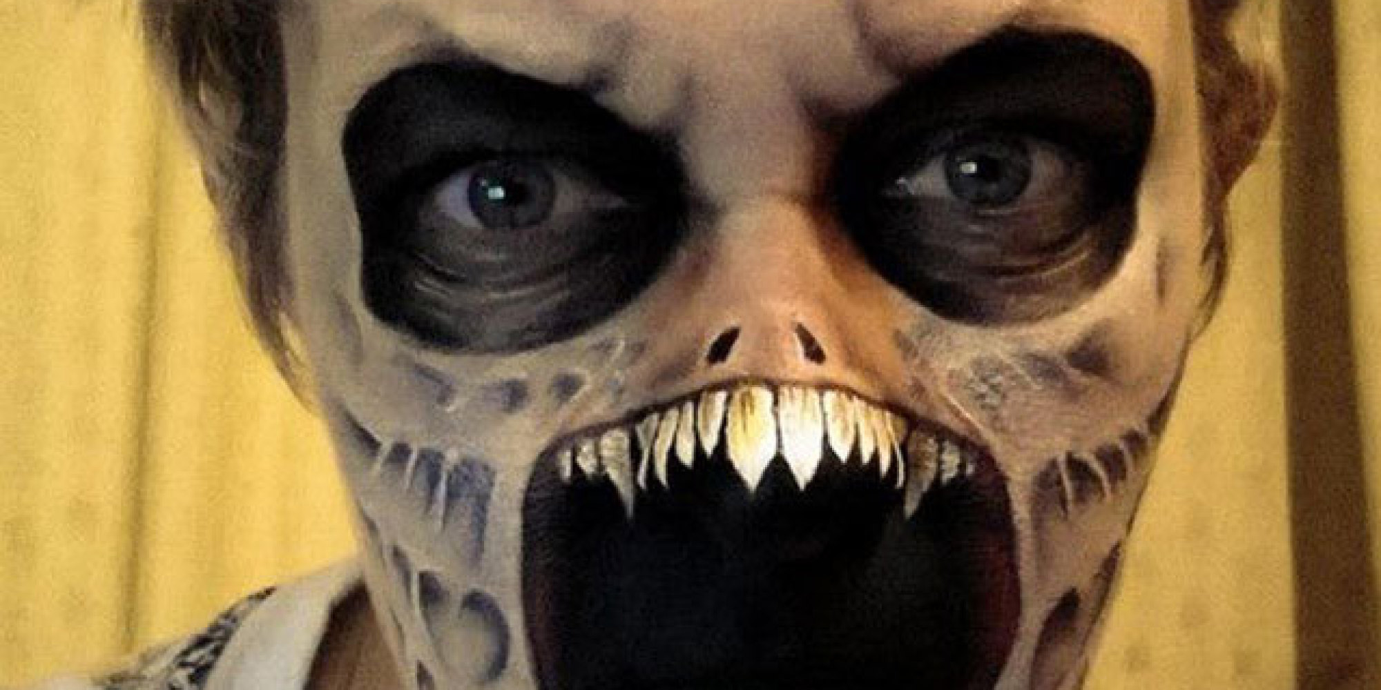 Mums Amazing Halloween Face Painting Tutorial Goes Viral