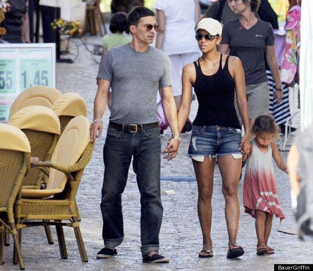 Halle Berry Nahla Olivier Martinez In Spain Photos Huffpost