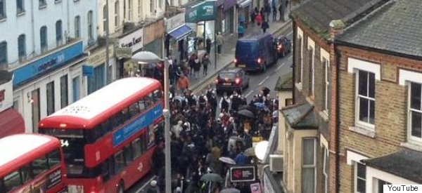 200 Teenagers Fight Outside Walthamstow Tube Station