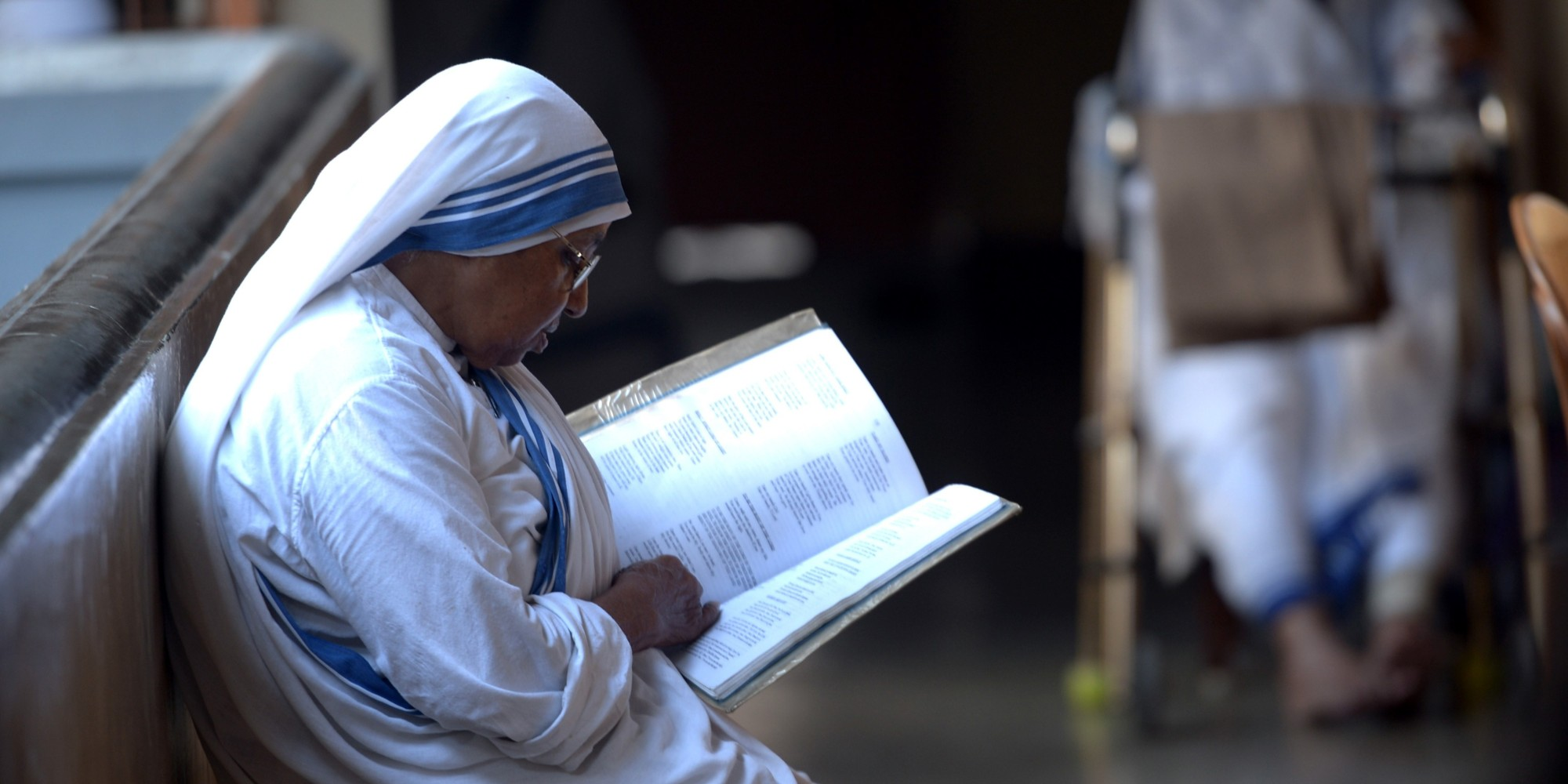 http://i.huffpost.com/gen/3519920/images/o-MISSIONARIES-OF-CHARITY-INDIA-facebook.jpg