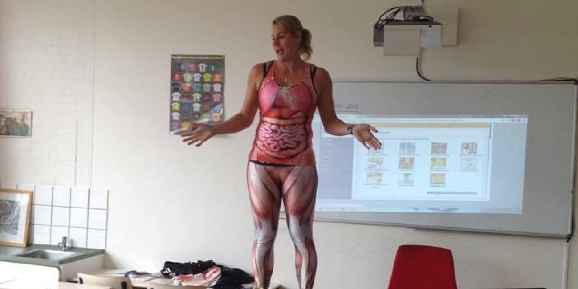 Teacher Gets Naked In Class