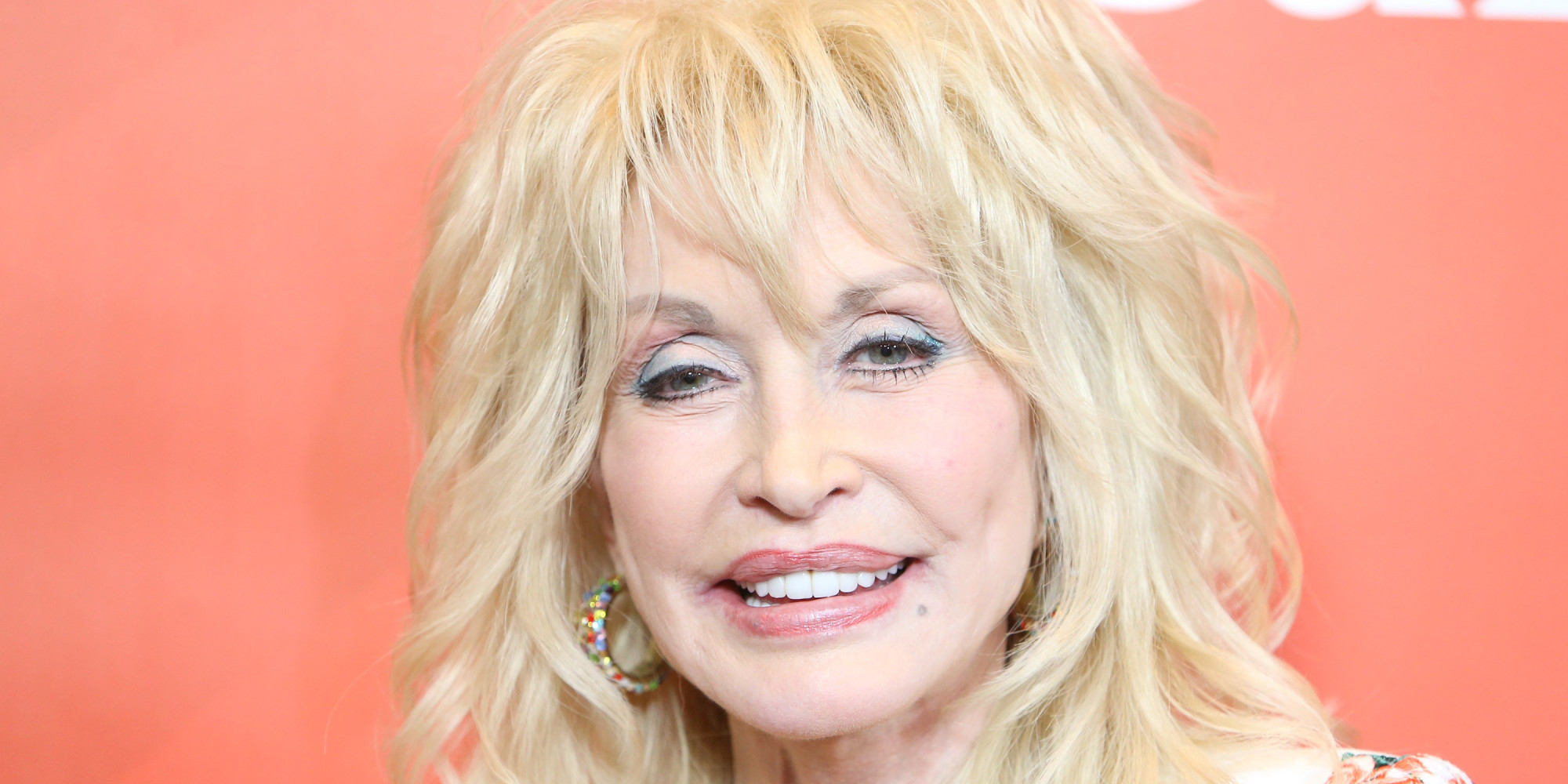 Dolly Parton Denies Cancer Reports, Confirms She Was Hospitalised With ...