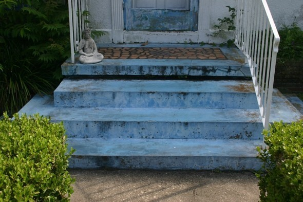diy warrior how to refurbish a concrete porch photos huffpost. Black Bedroom Furniture Sets. Home Design Ideas