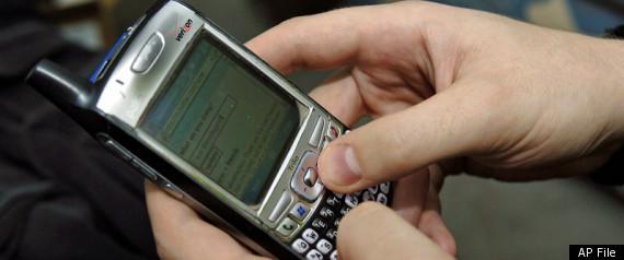 PHONE THIEF FACEBOOK FRIEND
