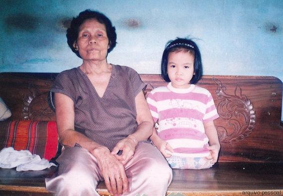 sesser com uma mãe adotiva na tailândia