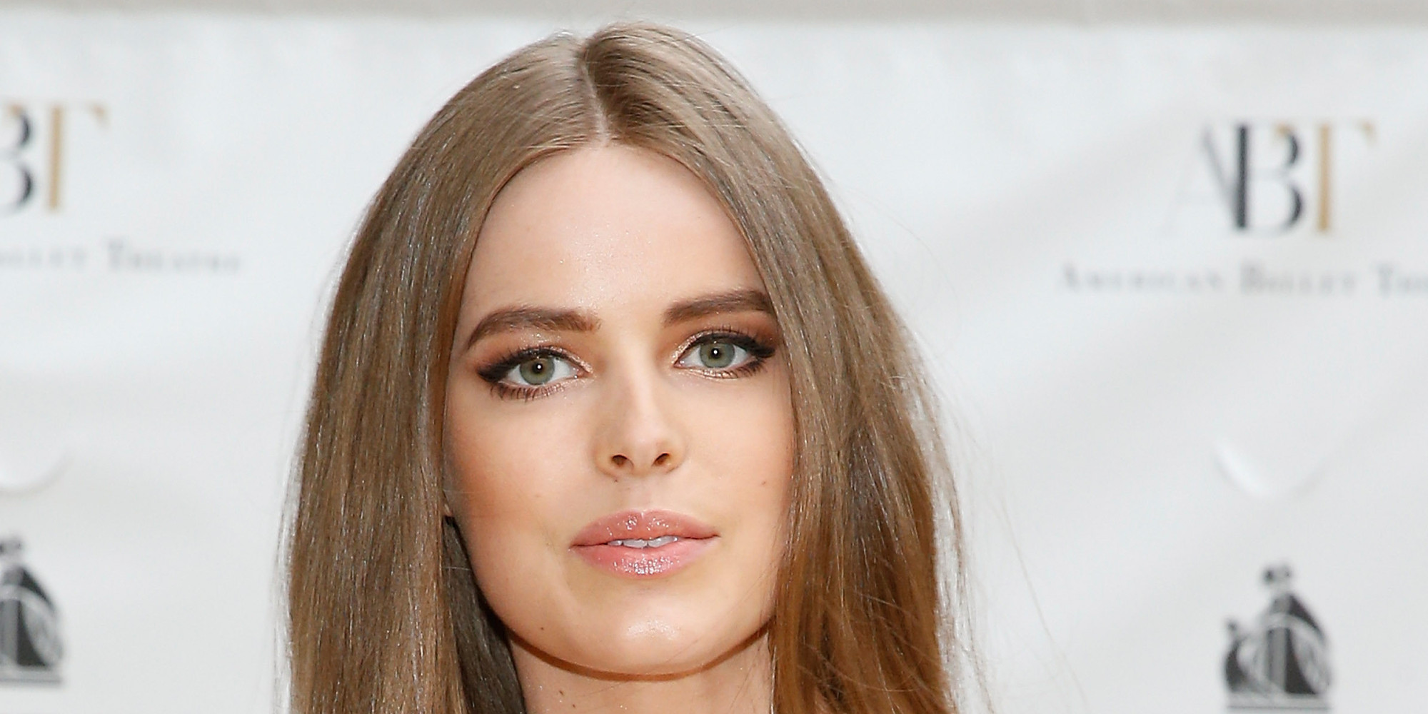 how tall is robyn lawley