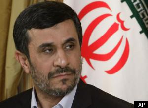 Αμφιβολίες Αχμαντινετζάντ για την πτώση των Δίδυμων Πύργων...