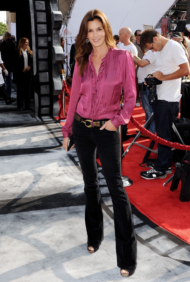 Cindy Crawford In Dark Denim Look Of The Day Huffpost