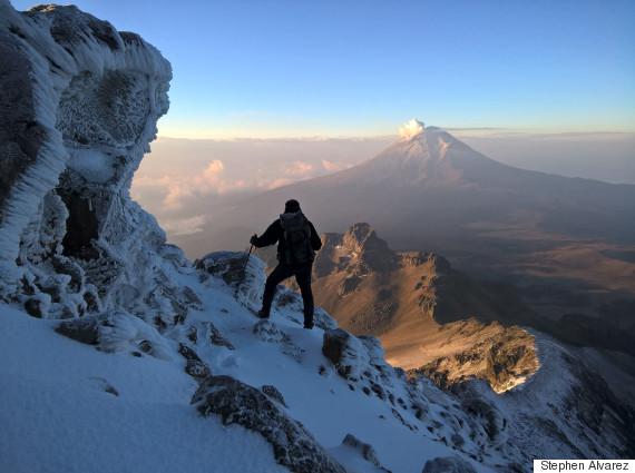 popocatepetl seen from the ridge of iztacchuatl