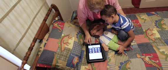 TODDLERS WITH TABLETS