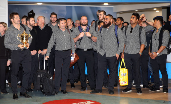 haka aeroport all blacks