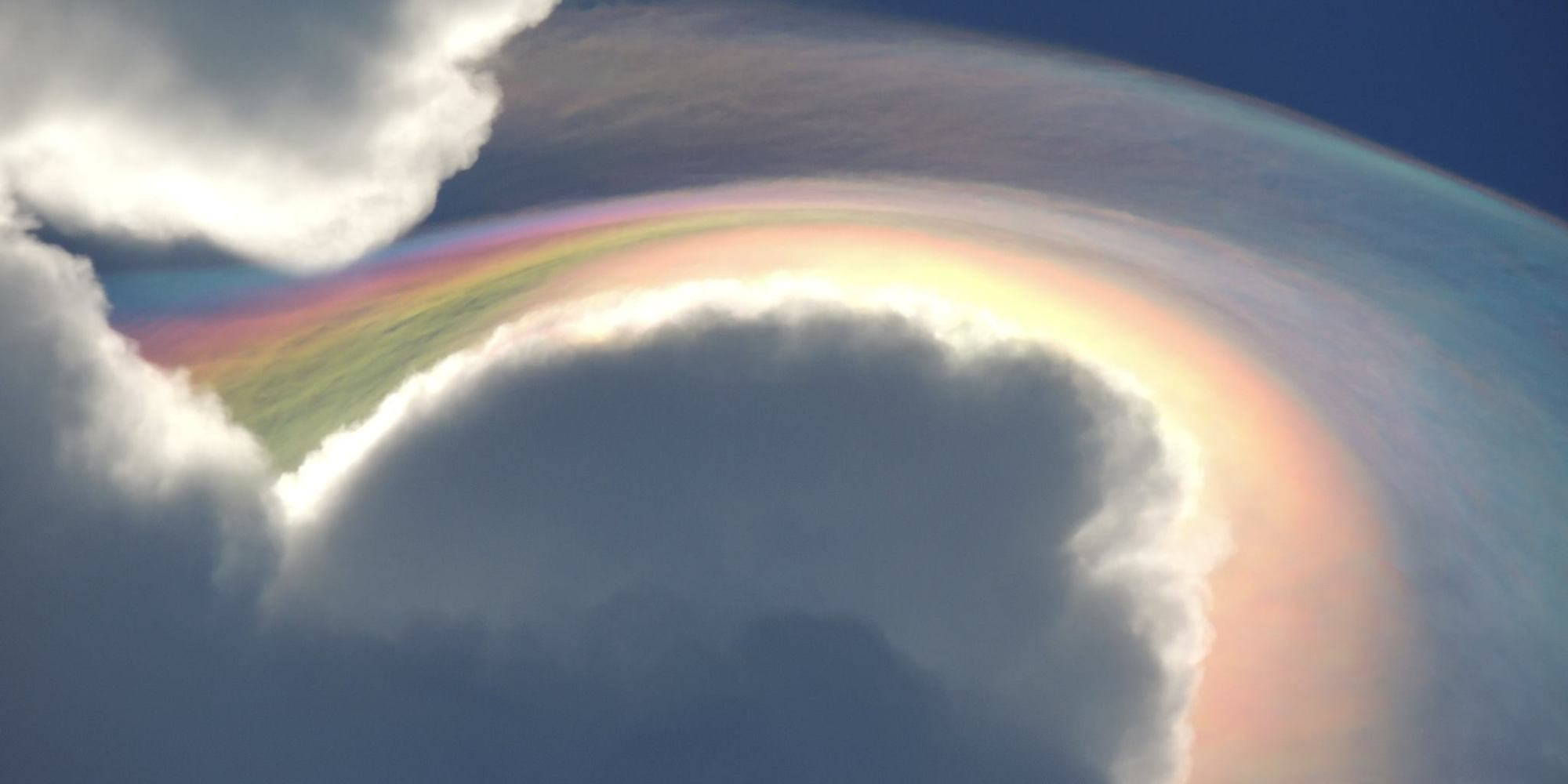 Stunning 'Rare Fire Rainbow' Cloud Spotted In Jamaica ...