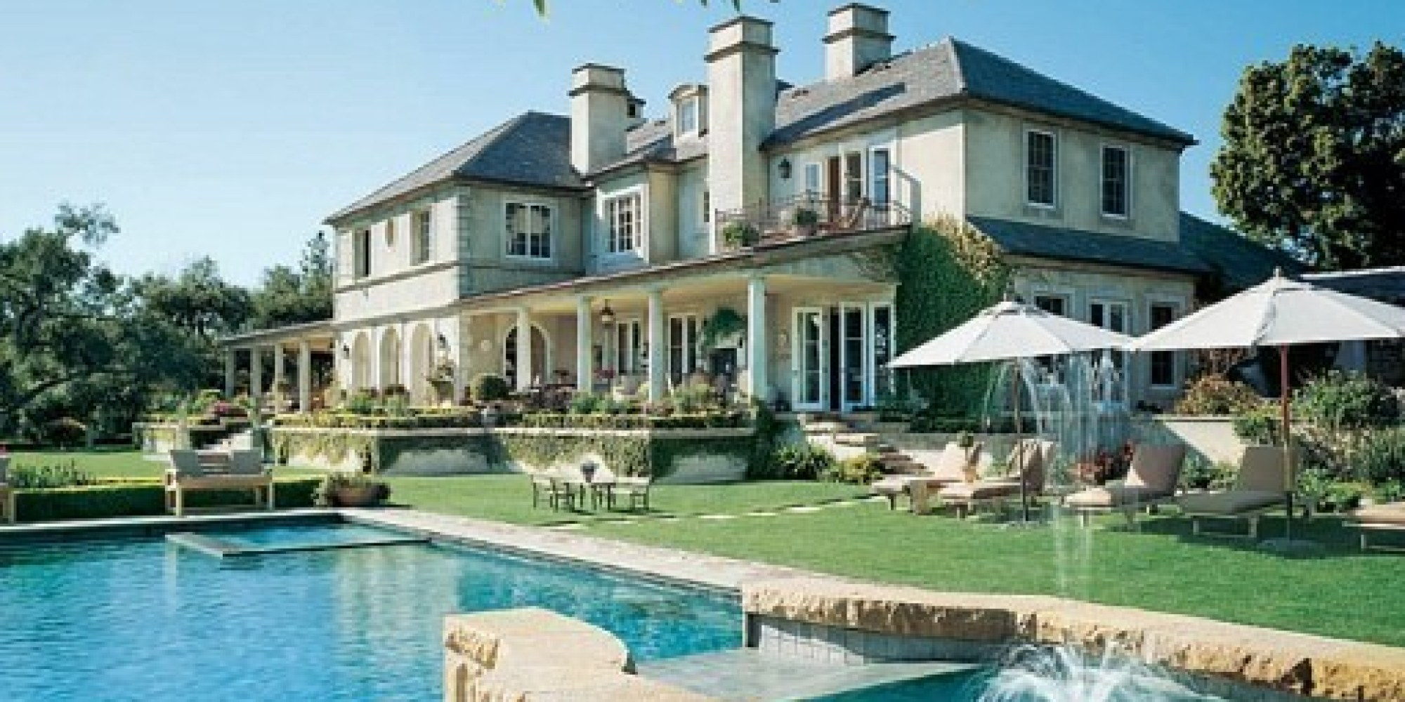 11 amazing celebrity pools huffpost - Maison de star americaine ...
