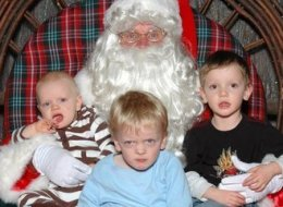 How To Get Children Through Santa Pictures (Without Scars)