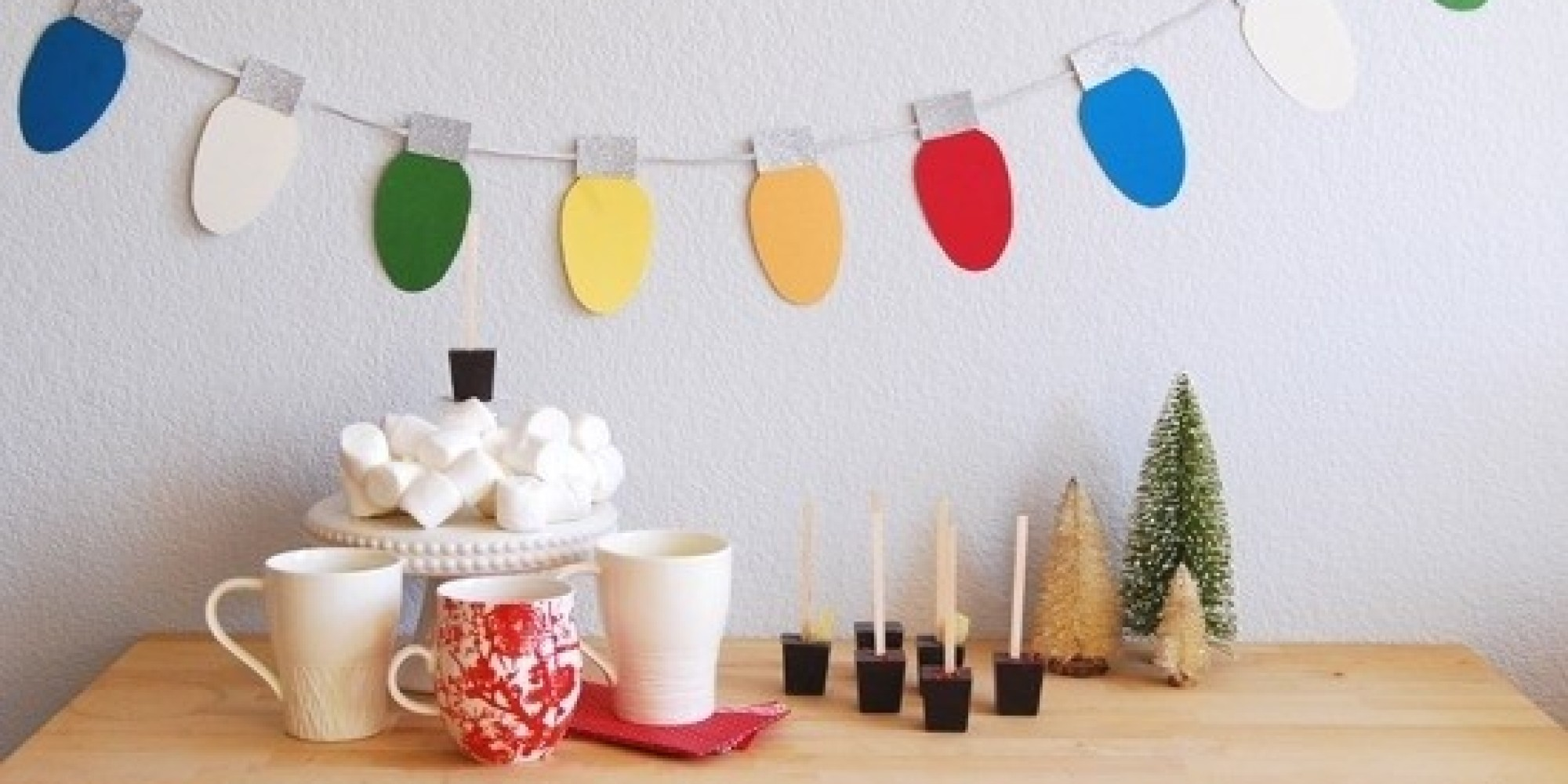 Decorating Ideas > 20 Christmas Decorating Ideas You Can Create Without A Tree ~ 083952_Jeep Christmas Decoration Ideas