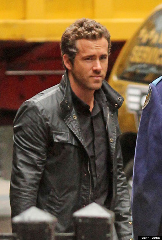 Ryan Reynolds: Filming... Scarlett Johansson