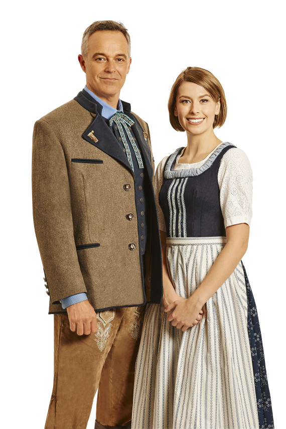 cameron daddo amy lephamer sound of music