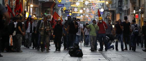 STREET DEMONSTRATIONS IN TAKSIM