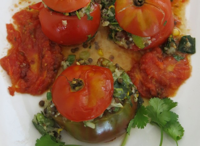 breakfast stuffed tomatoes