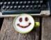 S coffee art smiley mini