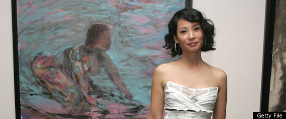 Lucy liu 39 s new exhibition of abstract art at salon vert for Abstract salon of the arts