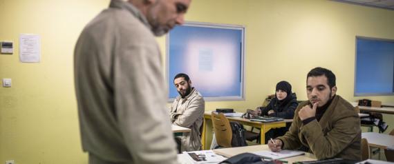MUSLIM STUDENT CLASSROOM