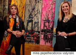 Η Μίνα Παπαθεοδώρου- Βαλυράκη «ζωγραφίζει» πάνω σε ένα διαφορετικό καμβά: το μεταξωτό φουλάρι