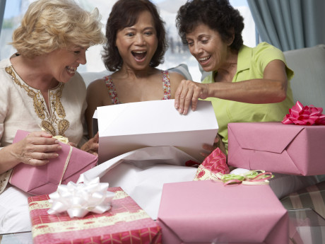 12 Perfect Gift Ideas For Middle-Aged Friends And Family Members