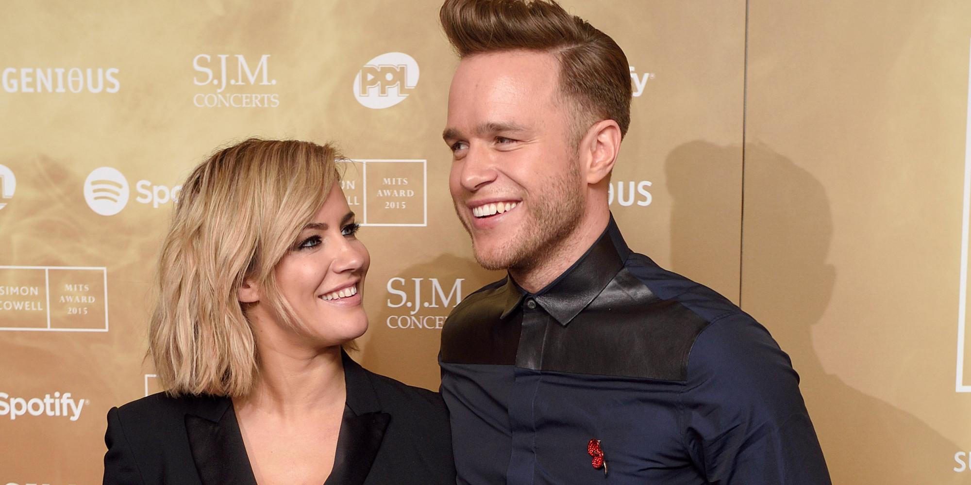 Olly murs black t shirt x factor -  X Factor Presenter Caroline Flack Admits She And Olly Murs Aren T On Dermot O Leary S Level Right Now Huffpost Uk