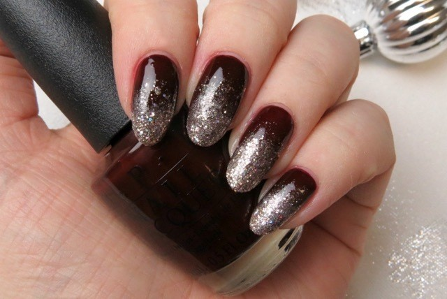 Nail art an easy ombr glitter design for the holidays so when youre putting your party dress on consider doing this easy glitter ombr nail art to bring your outfit to the next level prinsesfo Image collections