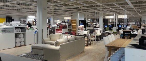 ouverture du centre de cueillette ikea qu bec. Black Bedroom Furniture Sets. Home Design Ideas