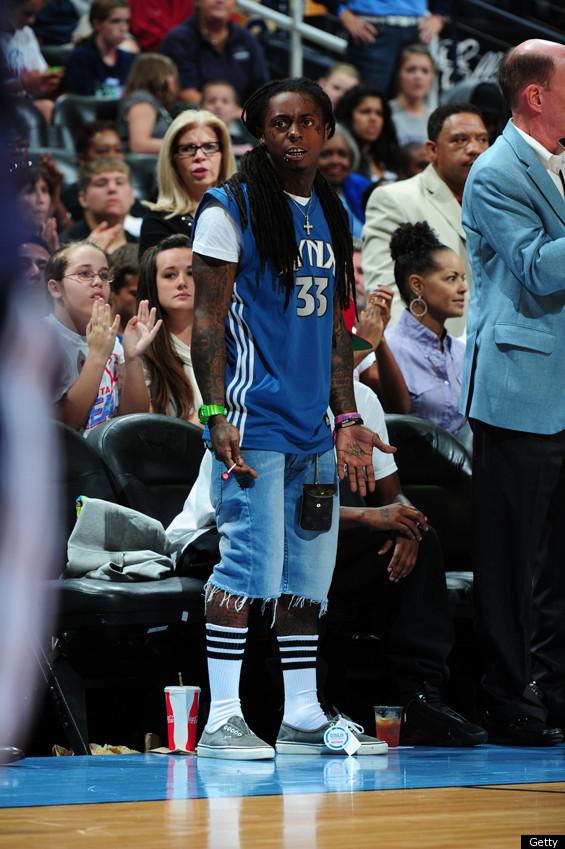 Lil Wayne Wears Man Purse To Basketball Game Photos