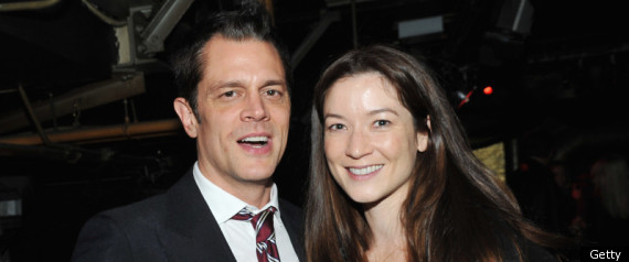 Johnny Knoxville, Wife Welcome Daughter Arlo