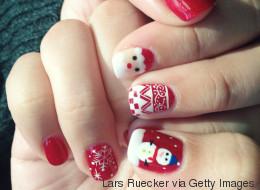 25 diseños de uñas para iluminar tu Navidad