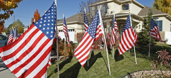 us flag yard