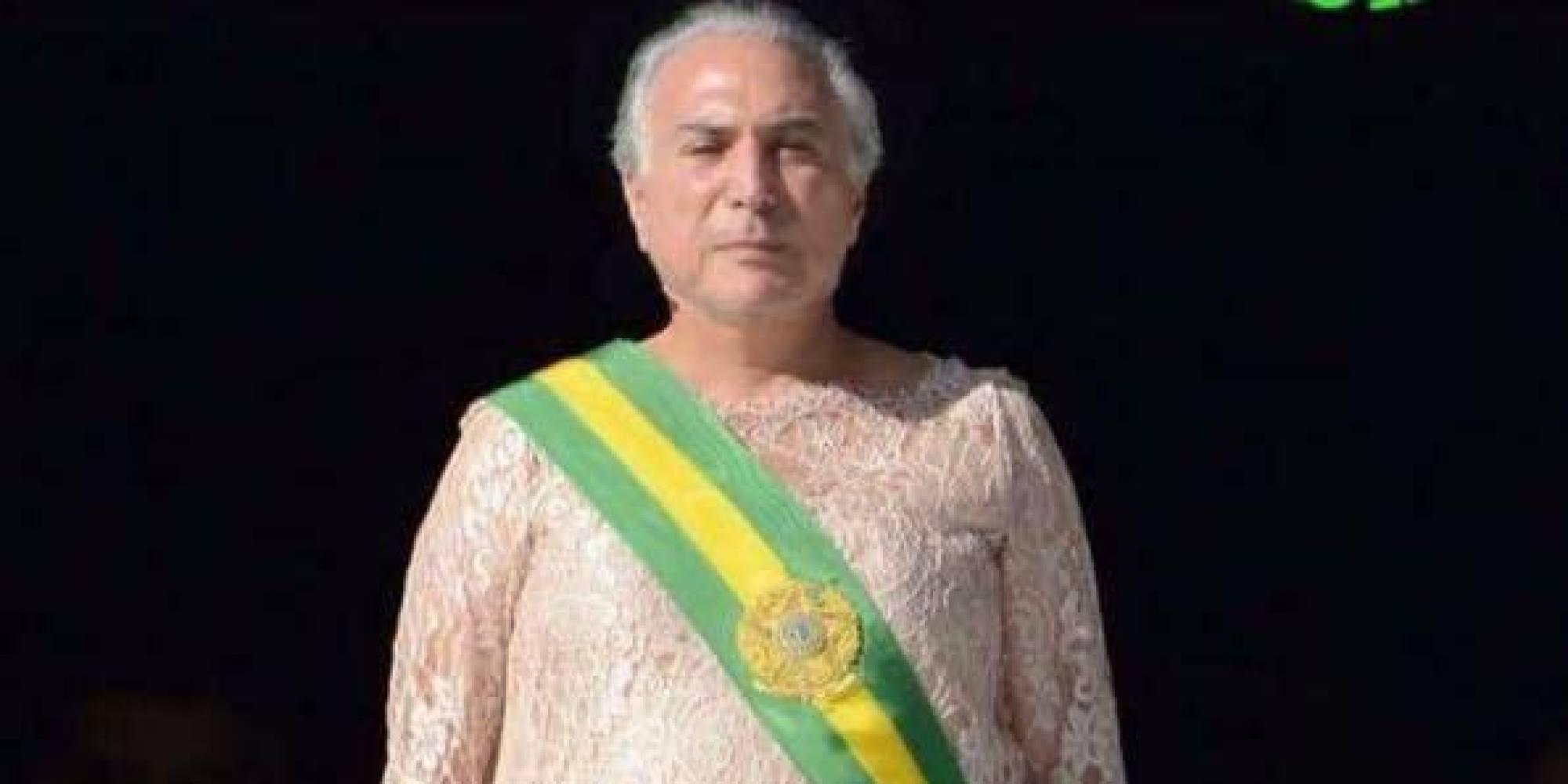 rejeitado Temer invade os lares brasileiros para desejar um feliz  #B6A316 2000x1000 Balança Banheiro Boa