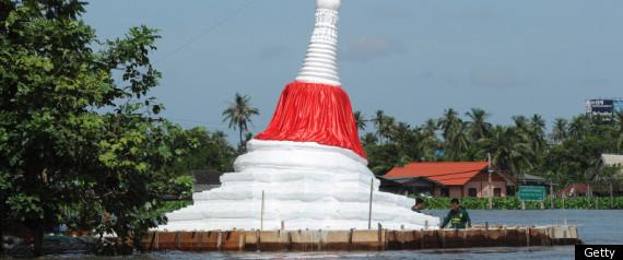 THAILAND FLOODS 2011 BANGKOK