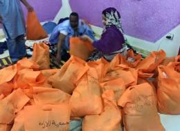 كيف خفف شباب موريتانيون وطأة البرد على فقراء العاصمة نواكشوط