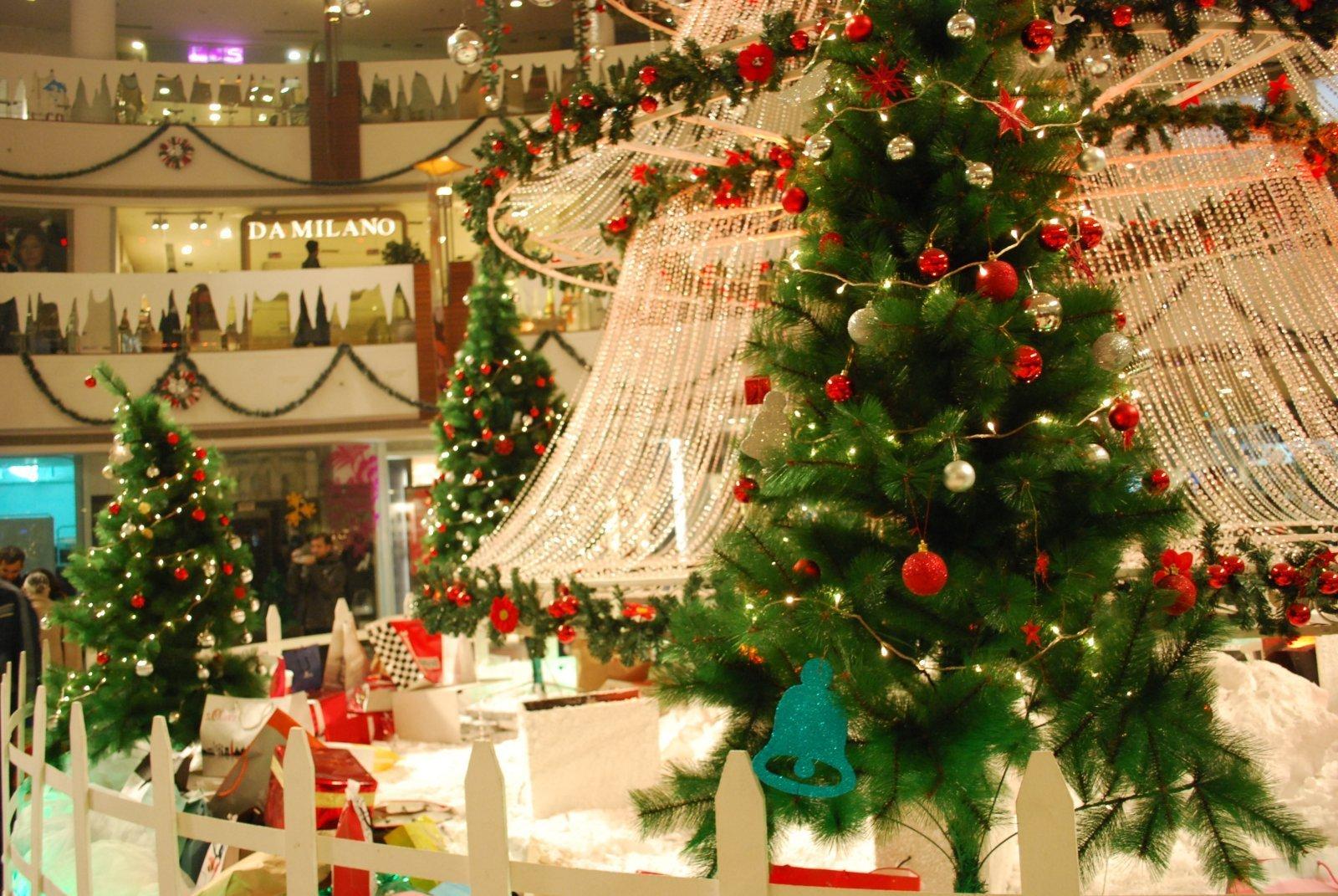 select city walk delhi mall